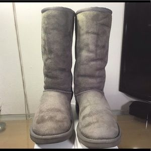 UGG 5815 Women's Grey Classic Tall Boots.